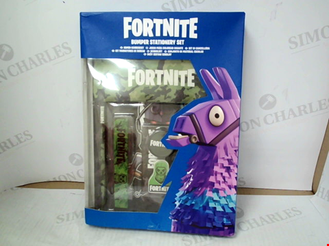 Lot 3112 FORTNITE BUMPER STATIONERY SET