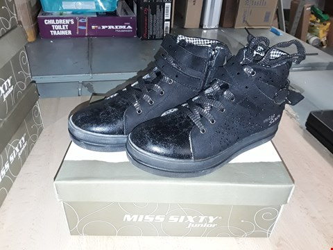 Lot 12556 BOXED MISS SIXTY JUNIOR BLACK JEWELED LACE/ZIP UP TRAINERS UK SIZE 2.5