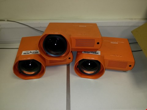 Lot 4634 LOT OF 3 SANYO PLC-XE40 PRO XTRAX MULTIVERSE 1500 LUMENS PROJECTORS, ORANGE