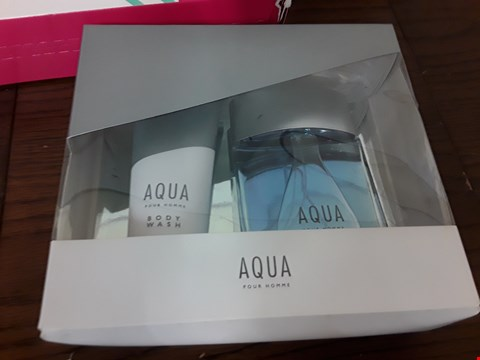 Lot 7086 BOXED AQUA POUR HOMME EAU DE TOILETTE AND BODY WASH GIFT SET