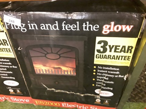 Lot 247 FOCAL POINT ES2000 BLACK FREESTANDING ELECTRIC STOVE RRP £98.00