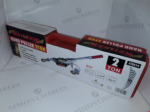 Lot 32 BOXED NEILSEN HAND PULLER 2-TON  - CT0514