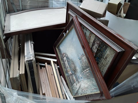 Lot 97 PALLET OF ASSORTED FRAMED PAINTING AND DECOR ITEMS