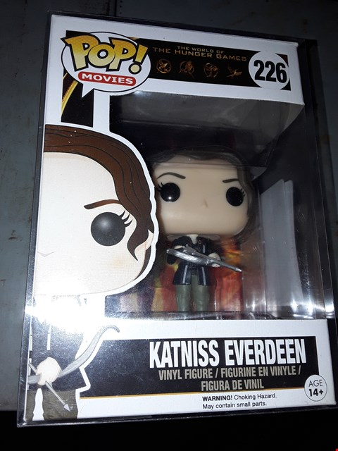 Lot 522 POP MOVIES ) KATNISS EVERDEEN