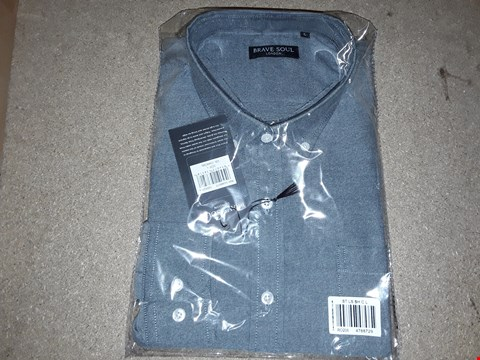 Lot 135 BOX OF APPROXIMATELY 8 LARGE CHARCOAL BRAVE SOUL T-SHIRTS