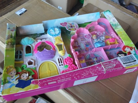 Lot 2519 BOXED GRADE 1 DISNEY PRINCESS PLAY & CARRY CASTLE RRP £49.99