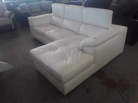 Lot 1 DESIGNER CREAM LEATHER ITALIAN STYLE CORNER CHAISE SOFA WITH ADJUSTABLE HEADRESTS