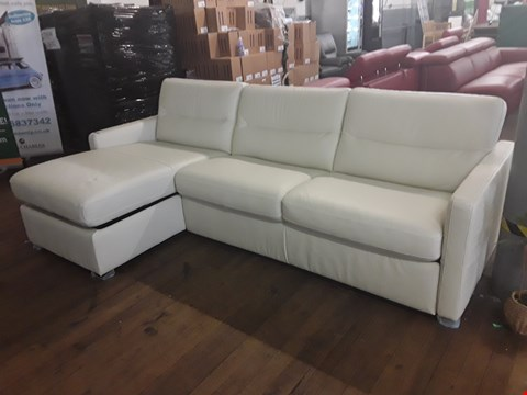 Lot 163 BRAND NEW QUALITY DESIGNER ITALIAN CREAM LEATHER CHAISE SOFA WITH METAL ACTION SOFA BED AND UNDER CHAISE STORAGE