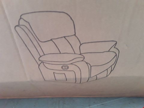 Lot 92 DESIGNER BOXED CHESTER BROWN LEATHER POWER RECLINING ARMCHAIR  RRP £500.00