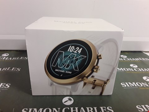 Lot 2340 MICHAEL KORS MKGO FULL DISPLAY GOLD DIAL WHITE STRAP SMARTWATCH  RRP £279.00
