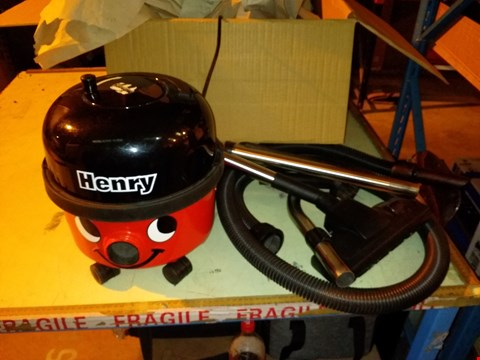 Lot 5489 NUMATIC HENRY COMPACT HVR 160-11 BAGGED CYLINDER VACUUM