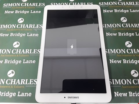 Lot 92 SAMSUNG TAB E 9.6 8GB WHITE TABLET