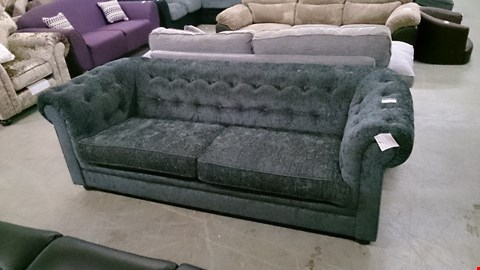 Lot 1208 DESIGNER GREY FABRIC CHESTERFIELD STYLE 3 SEATER SOFA