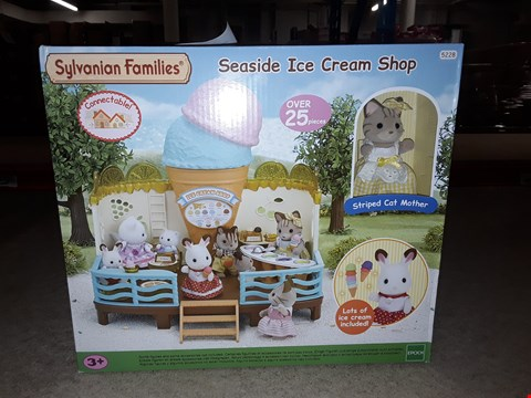 Lot 1387 BRAND NEW SYLVANIAN FAMILIES ICE CREAM SHOP RRP £87.99