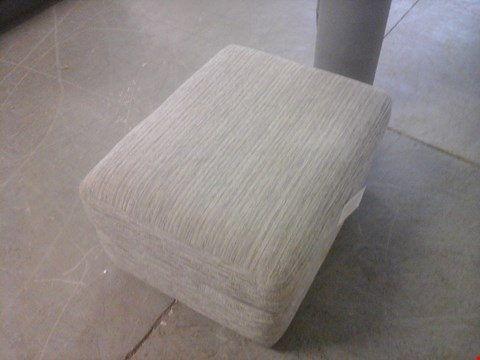 Lot 29 QUALITY BRITISH MADE GERY FABRIC STORAGE FOOTSTOOL
