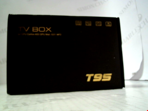 Lot 5786 T95 ANDROID TV BOX