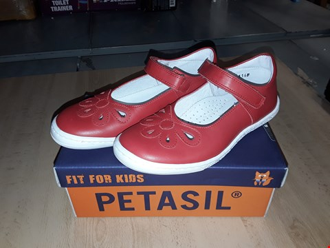Lot 12519 BOXED PETASIL BREEZE POMODORO RED LEATHER FLORAL VELCRO SHOES UK SIZE 13.5 JUNIOR
