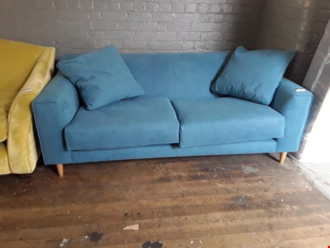Lot 2020 QUALITY BRITISH DESIGNER TEAL FABRIC BILLOW 3 SEATER SOFA