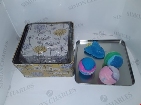 Lot 13 LOT OF 2 ASSORTED ITEMS INCLUDES BOXED SET OF BATH BOMBS AND METAL TINS