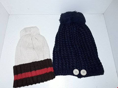 Lot 1039 BOX OF APPROXIMATELY 70 ASSORTED BRAND NEW BOBBLE HATS