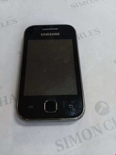 Lot 73 SAMSUNG YOUNG MOBILE PHONE - UNLOCKED
