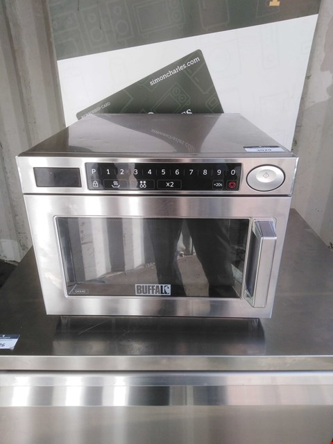 Lot 3029 BUFFALO GK640 MICROWAVE