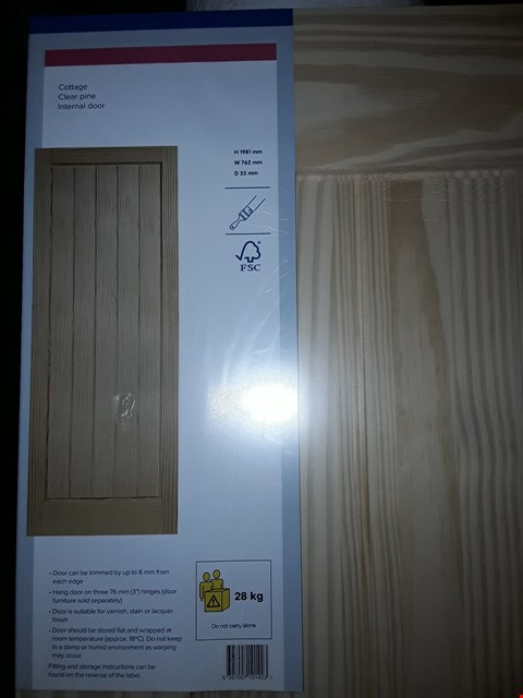 Lot 3156 COTTAGE CLEAR PINE INTERNAL DOOR H1981 X W762 X D35 MM