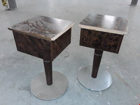 Lot 180 LOT OF 2 SQUARE SIDE TABLES ON METAL BASES