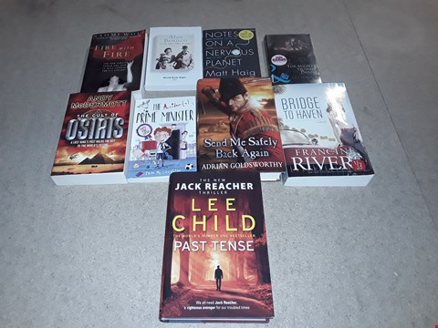 Lot 495 LOT OF APPROXIMATELY 9 ASSORTED BOOKS TO INCLUDE PAST TENSE BY LEE CHILD, BRIDGE TO HAVEN BY FRANCINE RIVERS, THE ACCIDENTAL PRIME MINISTER BY TOM MCLAUGHLIN ETC