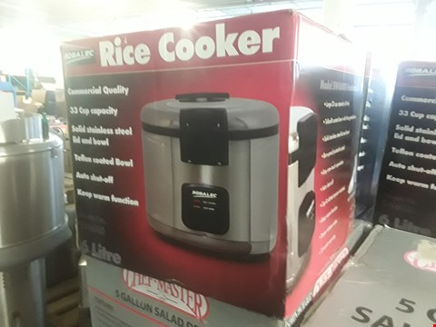 Lot 60 BOXED ROBALEC RICE COOKER