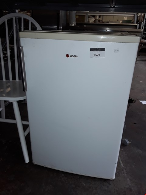 Lot 8074 WHITE HOOVER UNDER COUNTER REFRIGERATOR