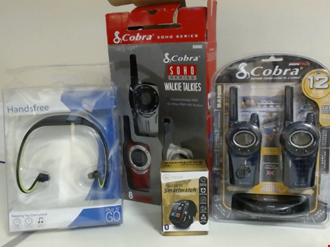 Lot 5346 LOT OF ASSORTED TECH ITEMS TO INCLUDE COBRA WALKIE TALKIES, PLUG N GO HANDSFREE HEADPHONES AND INTECH BLUETOOTH SMARTWATCH