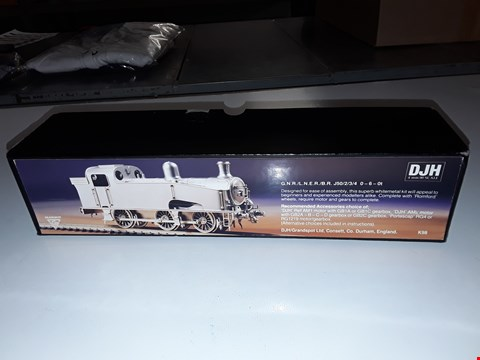 Lot 3124 DJH MODEL TRAIN CONSTRUCTION KIT