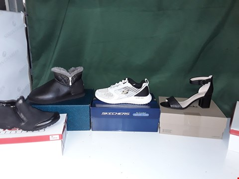 Lot 1192 BOX OF APPROXIMATELY 12 ASSORTED PAIRS OF SHOES TO INCLUDE SKETCHERS, RIEKER, CLARKS, EMU AUSTRALIA