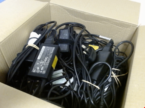 Lot 8913 BOX OF ASSORTED LAPTOP CHARGERS - 30CM X 30CM X 30CM BOX