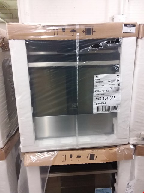 Lot 50 ELECTROLUX TOUCH CONTROL MULTIFUNCTION STAINLESS STEEL OVEN EOB8851AAX RRP £750
