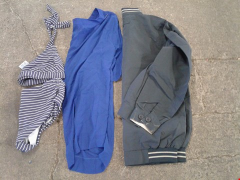Lot 228 BOX OF APPROXIMATELY 25 CLOTHING ITEMS TO INCLUDE BLUE TOP, BLUE/WHITE STRIPED BIKINI AND DARK GREY JACKET - VARIOUS SIZES