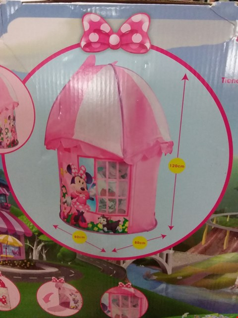 Lot 180 LOT OF 2 GRADE 1 ITEMS TO INCLUDE IN LINE SKATES, MINNIE MOUSE PLAY HOUSE RRP £75