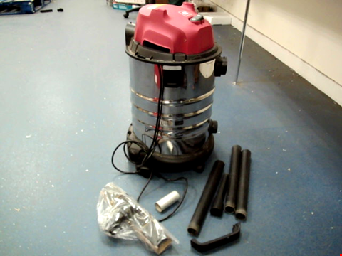 Lot 11169 EINHELL CLASSIC WET & DRY VACUUM CLEANER
