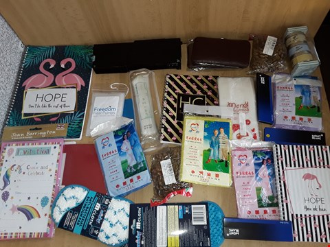 Lot 2516 BOX OF APPROXIMATELY 27 ASSORTED ITEMS TO INCLUDE NOTEBOOKS,MONT BLONC PEN REFILLS AND BATHROOM PADS