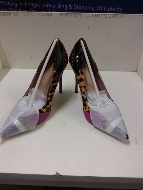 Lot 9062 BOXED ALDO WICILIDIA HEELED SHOES - SIZE 5