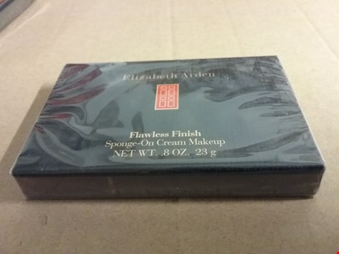 Lot 1256 A LOT OF 2 BRAND NEW BOXES OF ELIZABETH ARDEN FLAWLESS FINISH SPONGE-ON CREAM MAKEUP 8OZ. 23G RRP £40