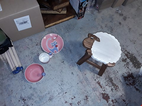 Lot 16 2X CAT KID SET , CUP , BOWL AND PLATE AND WOODEN SHEEP STOOL