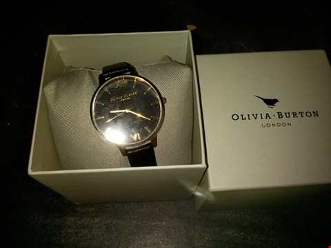 Lot 2107 OLIVIA BURTON BLACK AND GOLD DETAIL BIG DIAL BLACK LEATHER STRAP LADIES WATCH RRP £82.00