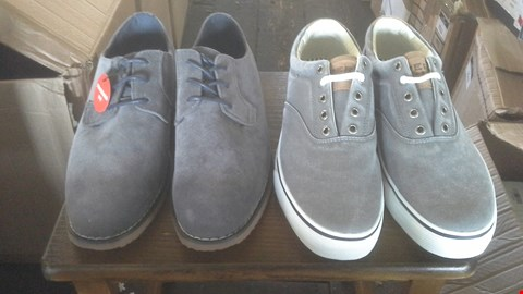 Lot 7014 BOX OF 5 ASSORTED MENS SHOES TO INCLUDE SPERRY AND TRUSTYLE