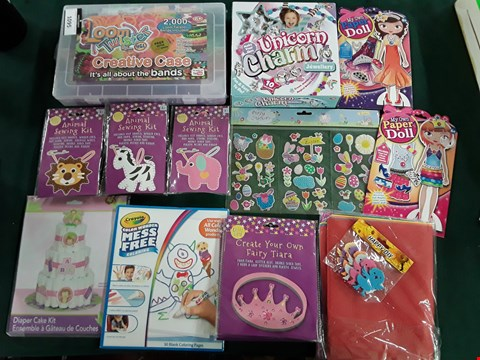 Lot 1095 APPROXIMATELY 15 ASSORTED CRAFT ITEMS, INCLUDING HGL LOOM TWISTER, UNICORN CHARM JEWELLERY CEAFTBOX, 3 ANIMAL SEWING KITS, 3 CREATE YOUR OWN FAIRY TIARA SETS AND CRAYOLA MESS FREE COLOURING PAGES