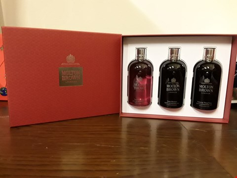 Lot 7011 MOLTON BROWN SHOWER GEL GIFT SET
