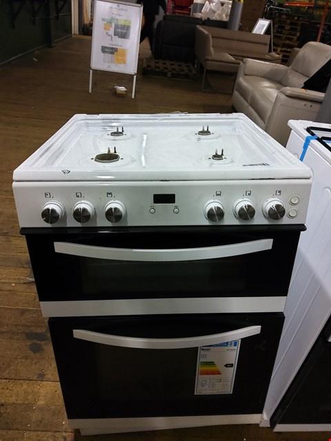 Lot 7073 SWAN SX15890W 60CM TWIN GAS COOKER WHITE RRP £399.99