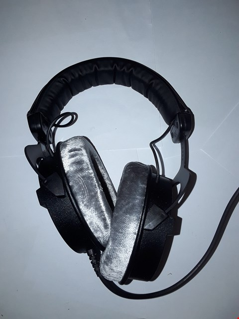 Lot 5089 BEYERDYNAMIC DT990 PRO HEADPHONES