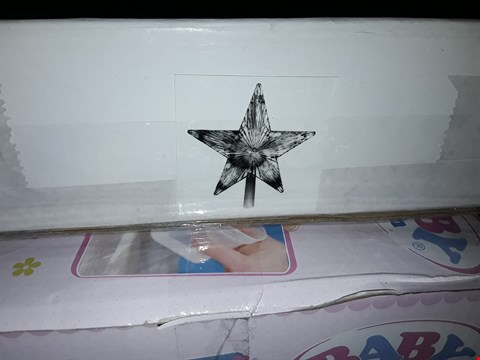 Lot 2204 COLOUR CHANGING LED STAR RRP £16.99